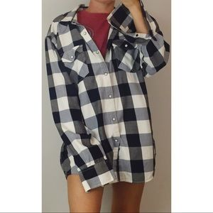 {AMERICAN RAG} CHECKERED OVERSIZED FLANNEL